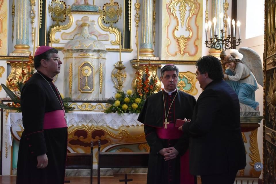 D. José Avelino Bettencourt distinguido no Pico com a chave do município das Lajes