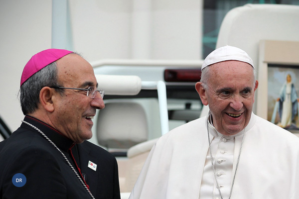 Papa nomeia bispo de Leiria- Fátima como Cardeal