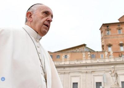 """A indiferença mata"", afirma o Papa Francisco"