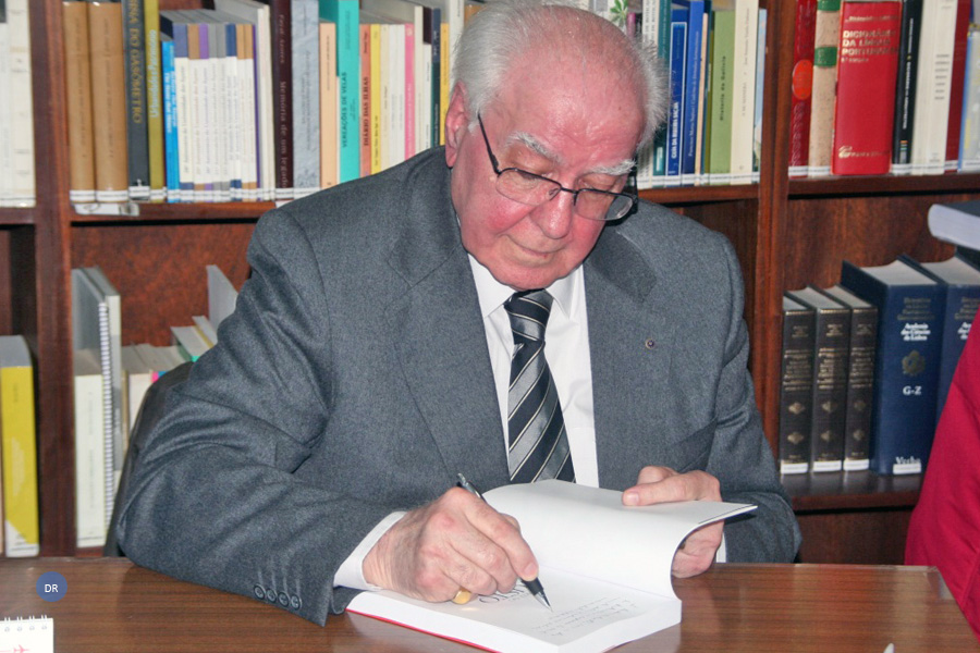 Faleceu Artur Cunha de Oliveira