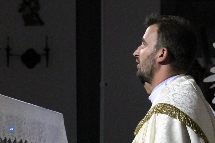 Proximidade e gosto pela juventude são trunfos do novo sacerdote