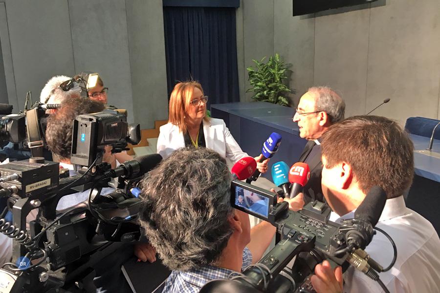"""D. António Marto apresenta-se à imprensa com preocupação de """"construir pontes"""" e atenção aos refugiados"""