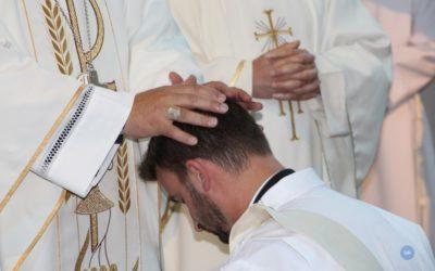 Pe. Nuno Fidalgo recebe bênção apostólica do Papa Francisco