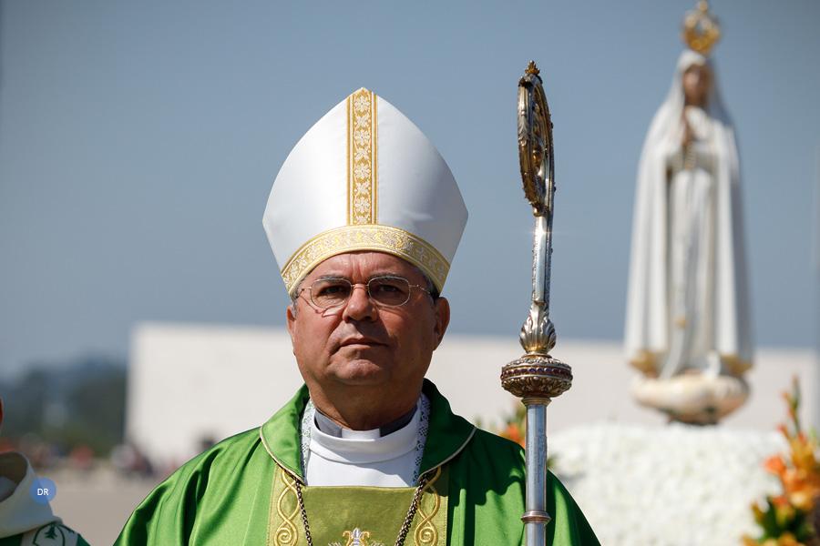 """Bispo de Angra diz que é preciso """"despertar espírito missionário"""" em todos os cristãos"""