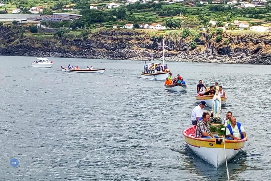 Procissão marítima marca festas em honra da Senhora de Lourdes nas lajes do Pico