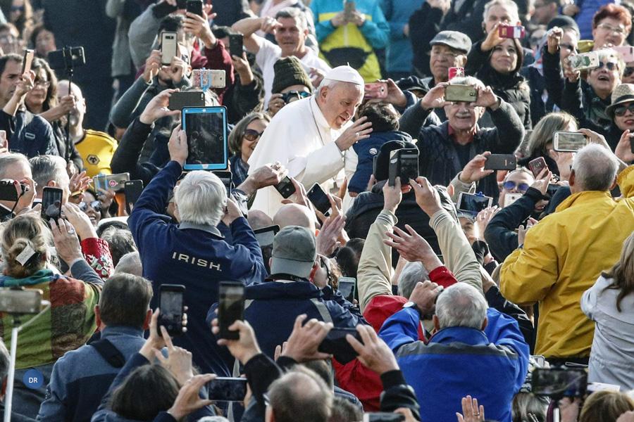 Para criticar o Papa vale (quase) tudo, incluindo «fake news»