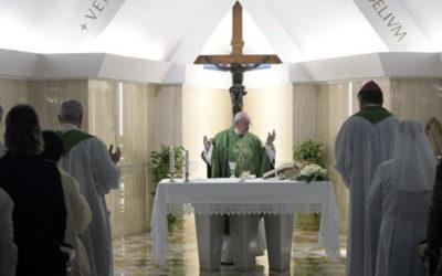 """""""A Igreja cresce no silêncio, sem dar espetáculo"""""""