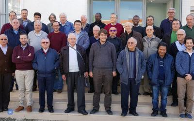 Padres do Prado reunidos em retiro
