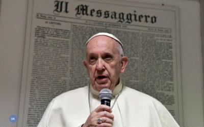 Mundo de olhos postos na cimeira do Vaticano