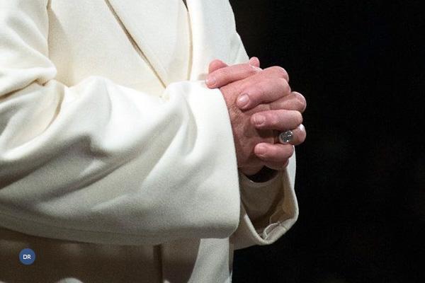 Papa reza pelas vítimas de novos naufrágios no Mediterrâneo