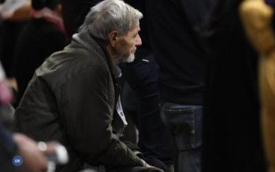 Esmoler pontifício presidiu ao funeral de sem-abrigo em nome do Papa