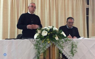 """""""A misericórdia deve estar perto do coração de cada família"""" e a Igreja """"deve acompanhar todos"""", afirma Pe. José Júlio Rocha"""