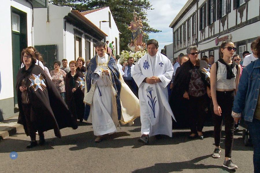 Graciosenses honram voto com mais de 300 anos e rumo ao Monte da Ajuda