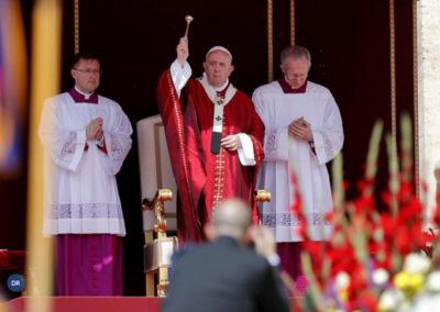 Papa celebra Pentecostes e apresenta Espírito Santo como antídoto ao «frenesim» contemporâneo