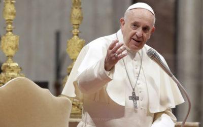 Papa envia mensagem às famílias do mundo em «momento difícil»