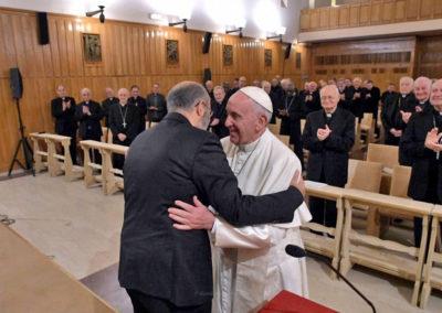José Tolentino Mendonça torna-se hoje no sexto cardeal português do século XXI e o terceiro criado pelo Papa Francisco