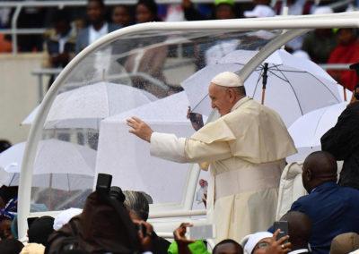 Moçambique: Papa encerra visita que procurou impulsionar viragem definitiva para futuro democrático e de paz