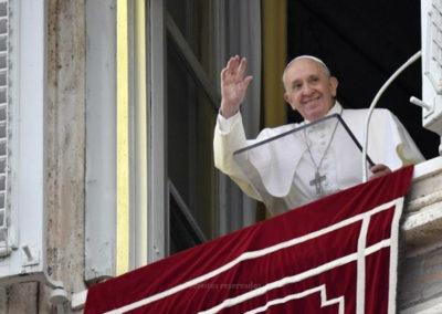 «As pessoas valem mais do que as coisas» – Papa Francisco