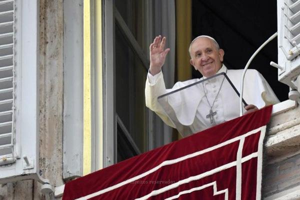 Papa denuncia violações à dignidade da vida humana, por motivos económicos ou tecnológicos