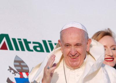 """""""Que o poder destrutivo das armas nucleares nunca mais volte a ocorrer na história da humanidade"""" – Papa Francisco"""
