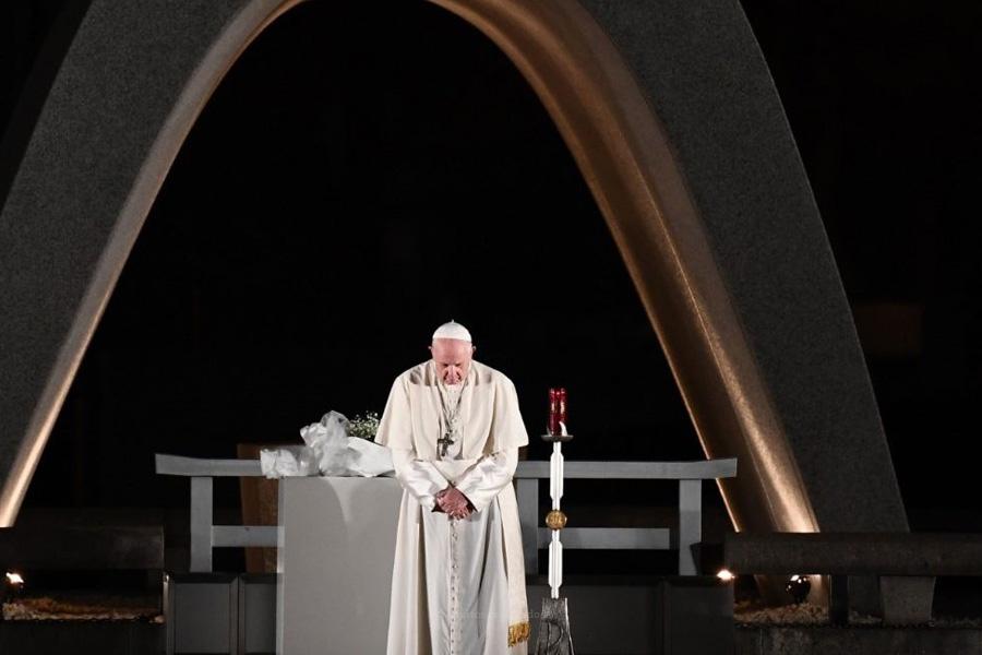 """Japão: Papa discursa em Hiroxima, considerando um """"crime"""" e """"imoral"""" a posse e uso de armas nucleares"""