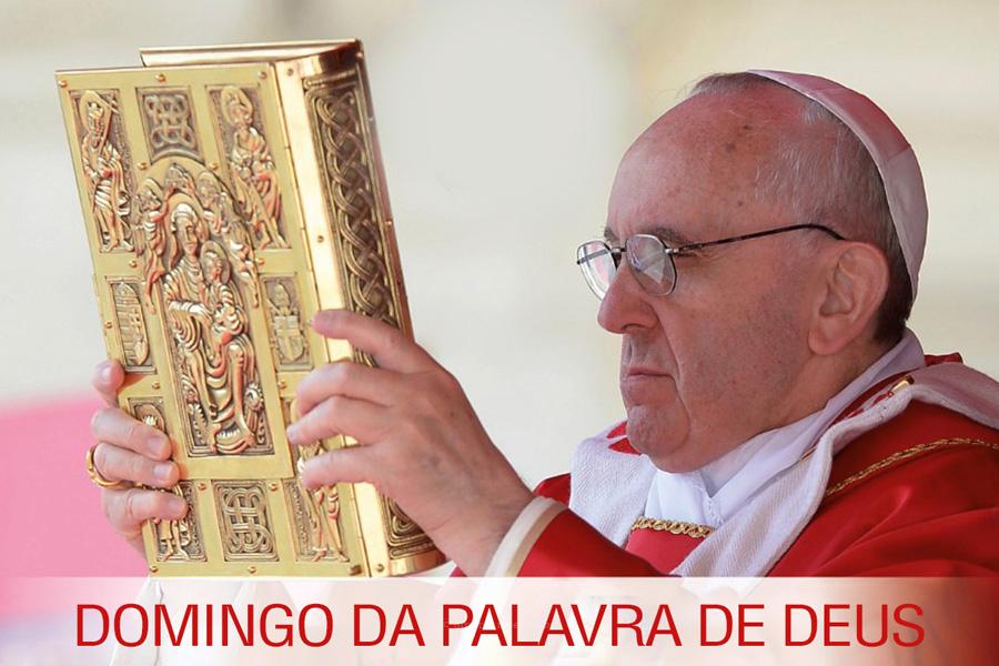 Bíblia autografada pelo Papa Francisco assinala o primeiro «Domingo da Palavra de Deus»
