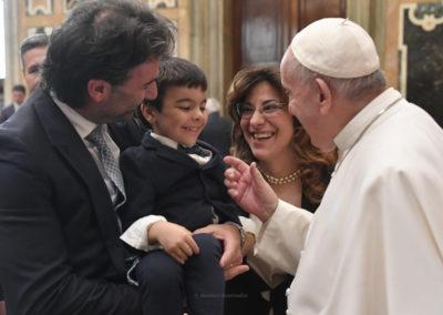 Não há terra mais bela do que o coração dos outros» – Papa Francisco