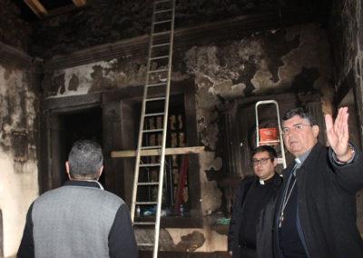 Comunidade do Capelo procura reerguer a igreja depois do incêndio