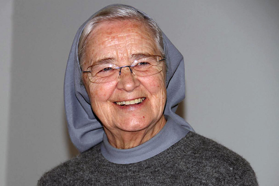 """""""A minha vocação nasceu mais no mar do que em terra"""" – Irmã Amélia Costa"""