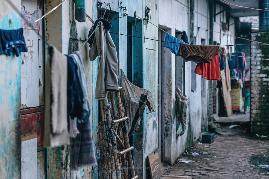 Papa diz que é urgente erradicar a pobreza
