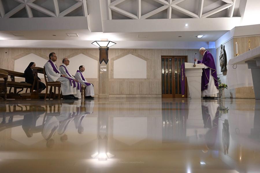 Papa assinala sétimo aniversário de pontificado longe das multidões, em dias marcados pela pandemia do Covid-19