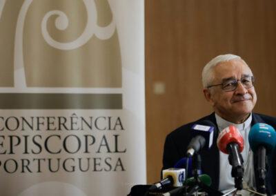 Conferência Episcopal vai estudar implementação de documento do Papa que permite instituição de mulheres no ministério de acólito e leitor