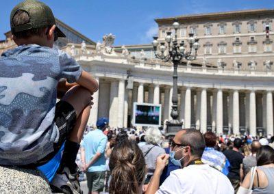 Papa alerta para impacto da pandemia nos trabalhadores