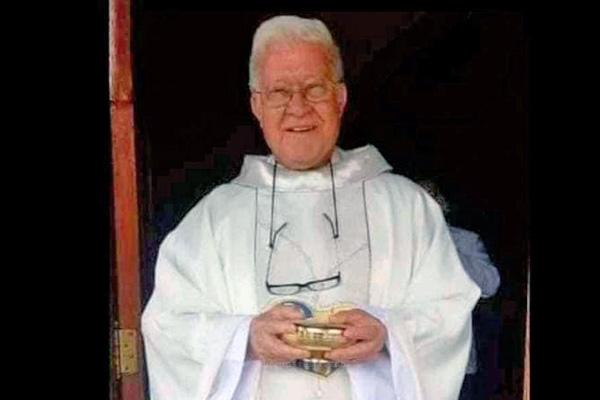 Faleceu o padre José Francisco Correia Pacheco