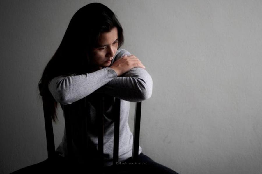 """Coordenadora do Centro Paroquial e de Bem-estar Social de São José pede um """"olhar de forma mais cuidadosa"""" para a saúde mental"""
