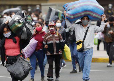 Pandemia agravou situação dos mais pobres, alerta o Papa