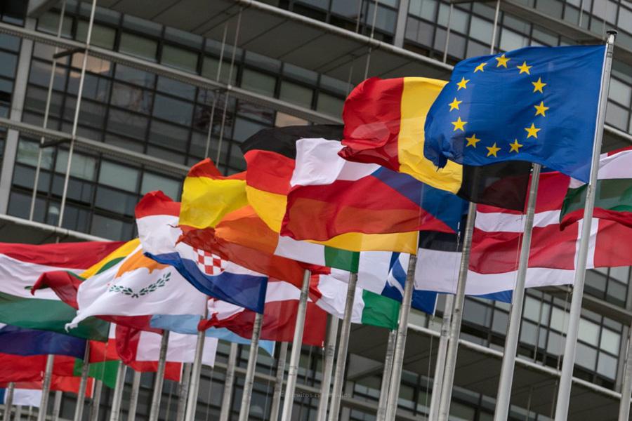 Bispos católicos desafiam União Europeia a superar crise com resposta conjunta e solidária