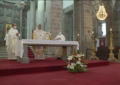 """Bispo de Angra pede aos cristãos """"para afinarem critérios"""" de ação em prol do respeito pela dignidade de todos"""