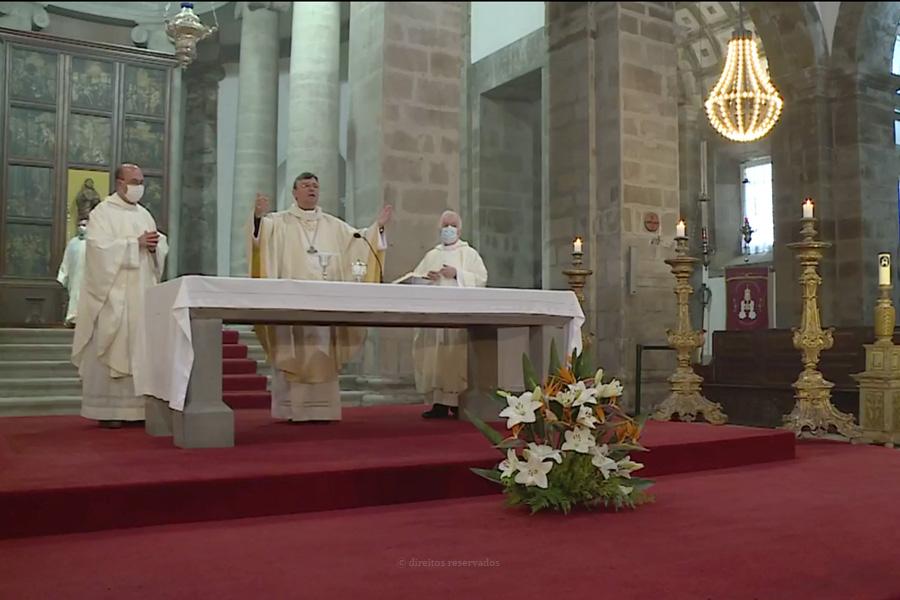 Diocese de Angra mantém missas com fieis desde que a situação epidemiológica o permita em cada uma das paróquias