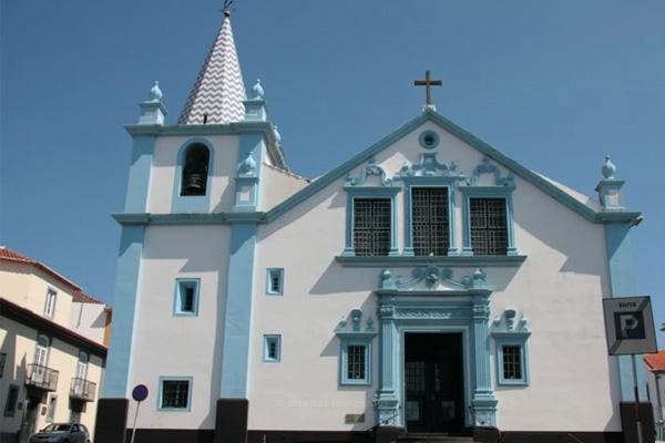 Três ordenações diaconais de alunos do 6º ano do Seminário de Angra integram festa da Solenidade da Imaculada Conceição em Angra