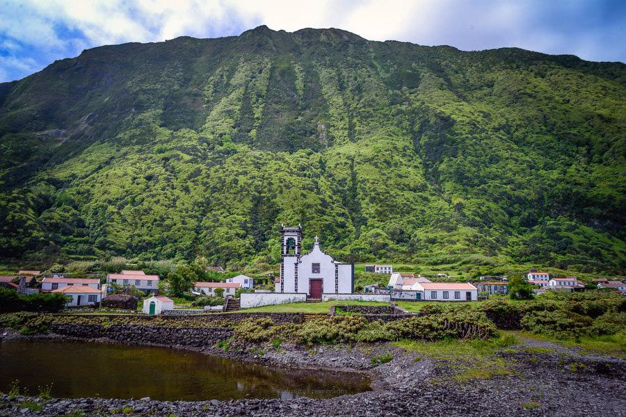 Bispo de Angra desafia autoridades regionais a criar incentivos para a fixação das populações nas ilhas mais pequenas