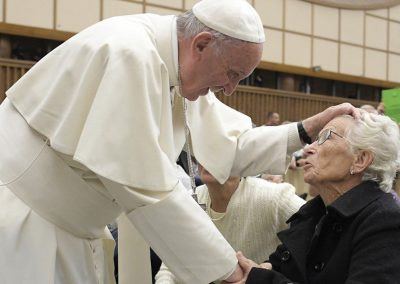 """Rede Mundial de Oração do Papa promove campanha """"A alegria ponha-a eu"""""""