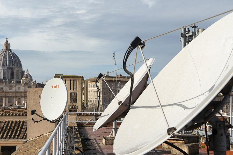 Rádio Vaticano celebra 90 anos e lança novo projeto online