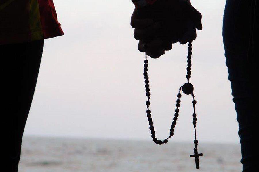 """O namoro """"pode e deve ser iluminador da vida toda"""", afirma Comissão Episcopal na mensagem para o dia dos namorados"""