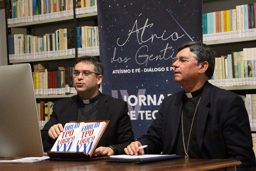 """Seminário de Angra promove Jornadas de Teologia online sobre """"ateísmo e fé"""""""