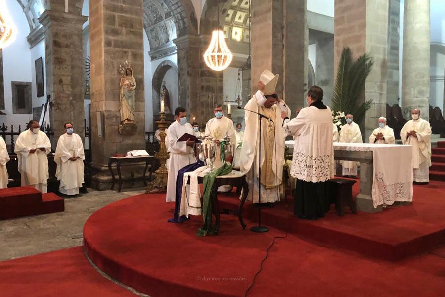 "Bispo incentiva clero a aprender ""a linguagem da pobreza"""
