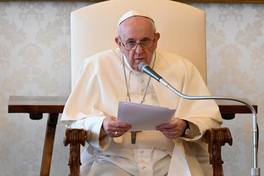 Francisco defende conduta irrepreensivel e exemplar das instituições financeiras do Vaticano