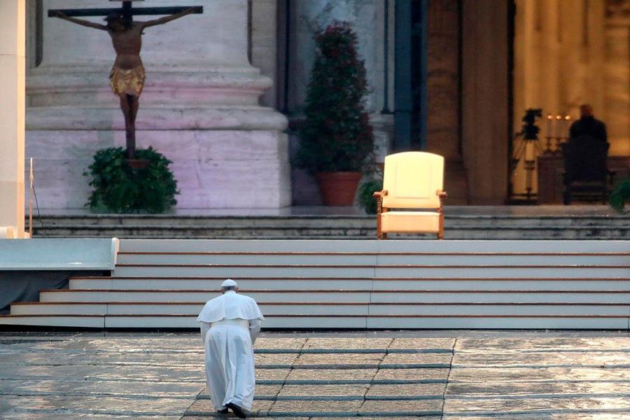 "Papa aponta ao pós-pandemia e diz que ""o mundo nunca mais será o mesmo"""
