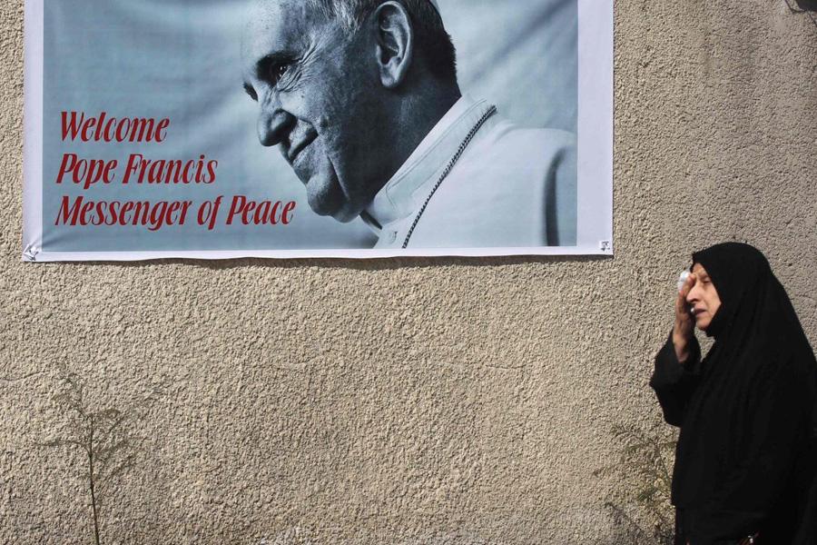 """Papa saúda """"Igreja mártir"""" do Iraque, antes de viagem inédita"""