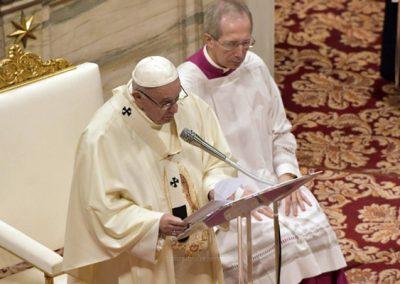 Papa convida a rezar oração dos «porquês»